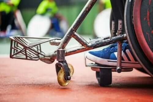 Barn i kørestol
