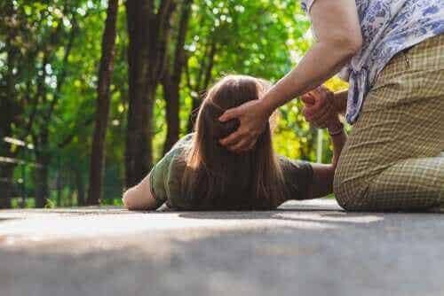 Epilepsianfald: Hvad bør man gøre?