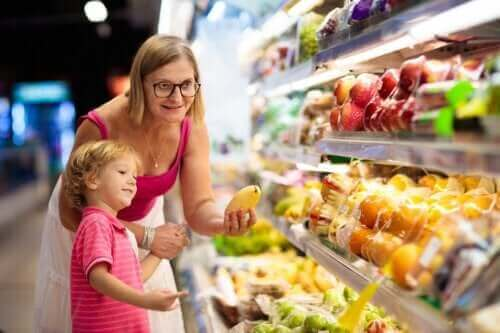 7 tips til at sikre god ernæring til børn om sommeren