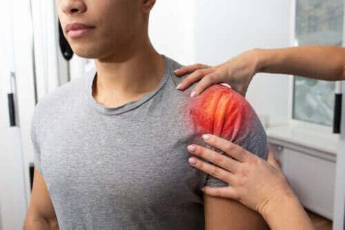 Senebetændelse i skulderen: Symptomer, årsager og behandling