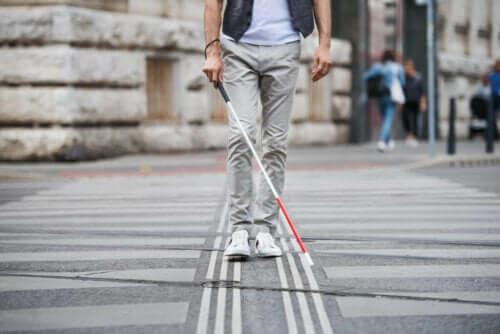 Blind person med stok