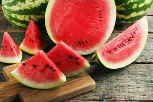 Vandmelon er eksempel på gode frugter til at spise om sommeren
