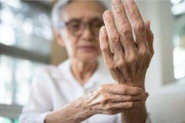 Behandlingen af seneskedehindebetændelse