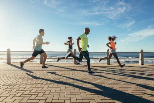 En gruppe løbere udenfor