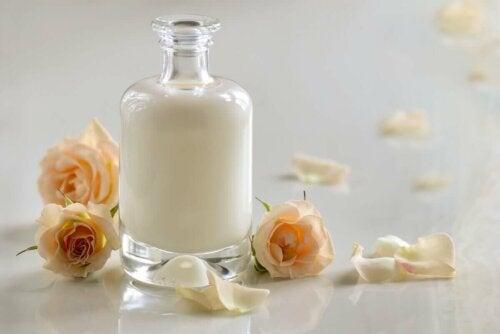 Kærnemælksmasker i glaskrukke