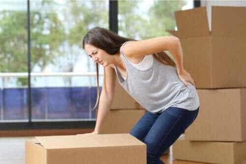 Hvad er årsagerne til smerte i lænden?