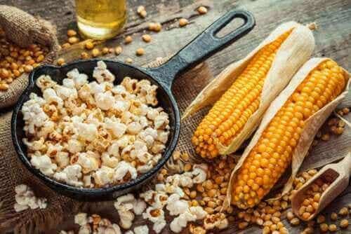 Sådan kan man lave sunde popcorn, der smager godt