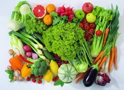 Rå frugter og grøntsager