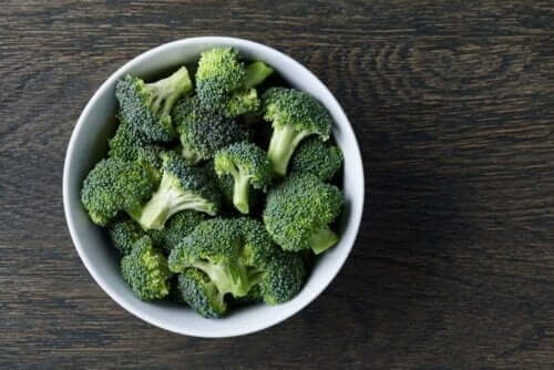 Skål med broccoli