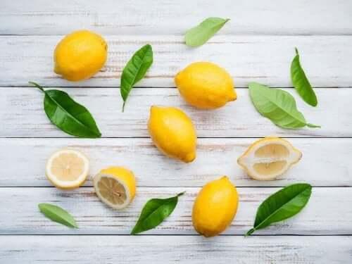 Egenskaber ved citron og naturlige midler