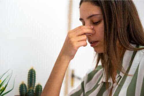 Nasal septumperforation: Årsager, symptomer og behandling