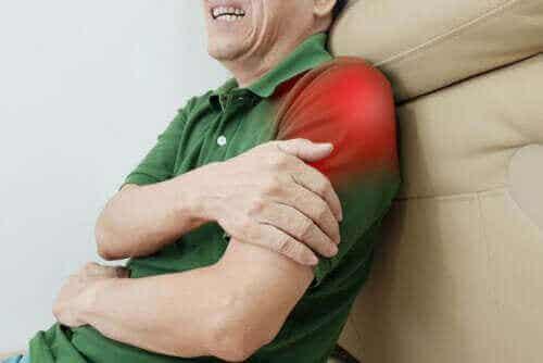 Tolv øvelser til senebetændelse i skulderen
