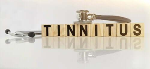 Stavning af tinnitus med klodser