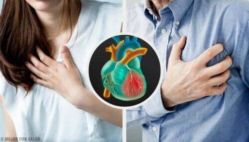 Smerter i brystet er eksempler på symptomerne på et hjerteanfald