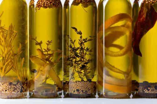 Flasker med moringaolie