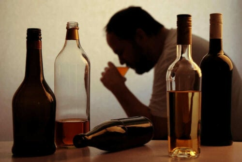 Mand med alkoholmisbrug