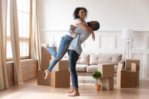 Otte metoder til at blive forelsket i sin partner igen