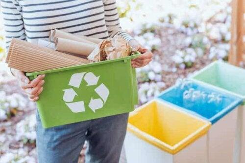 Pap til genbrug