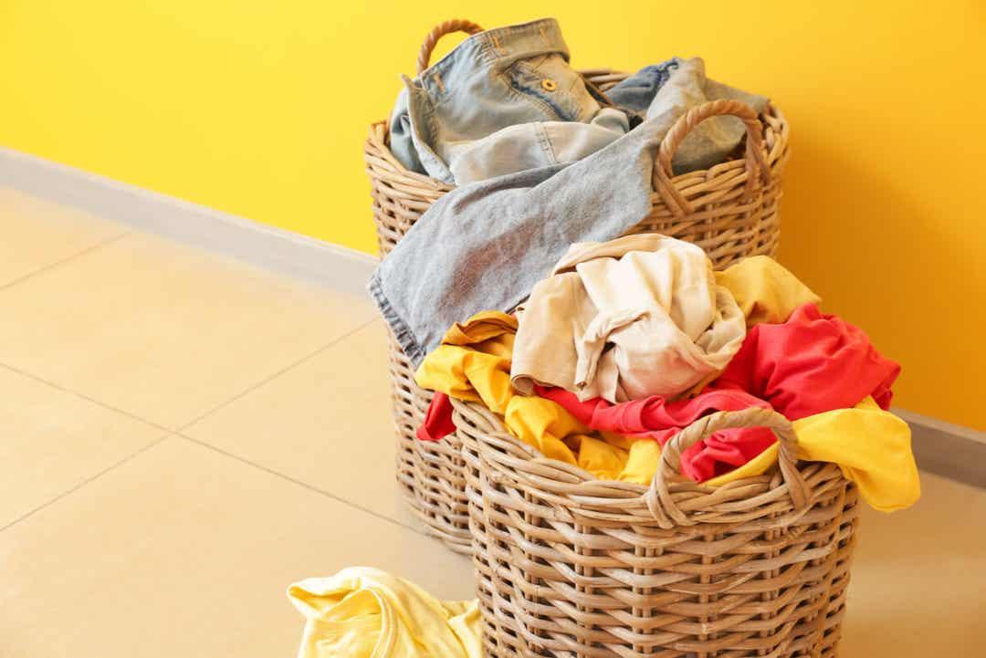 Vasketøj i kurve