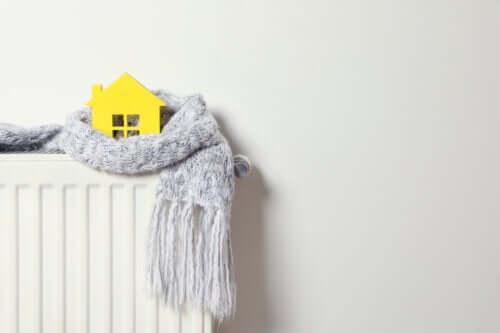 Sådan kan du spare penge på varmeregningen