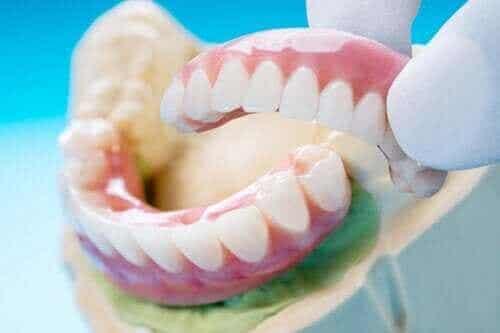 Tandbroer: Typer, fordele og ulemper
