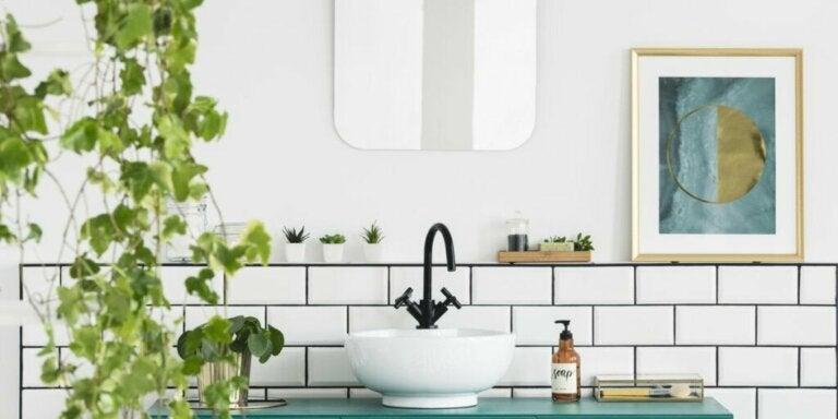 7 idéer til at indrette med planter på badeværelset