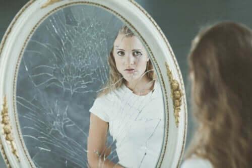 Negativt kropsbillede og dets effekter på selvværdet