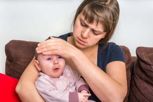 Hvordan man behandler faryngitis hos spædbørn
