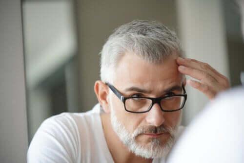 Forbindelsen mellem gråt hår og stress