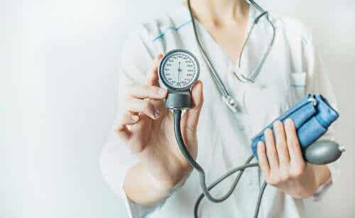 Alderen, hvor man skal begynde at kontrollere hypertension